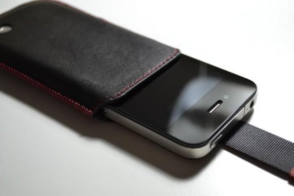 iphone 4s aluminium leder h lle iphone4ever. Black Bedroom Furniture Sets. Home Design Ideas