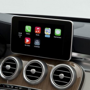 mercedes-benz-cklasse-carplay