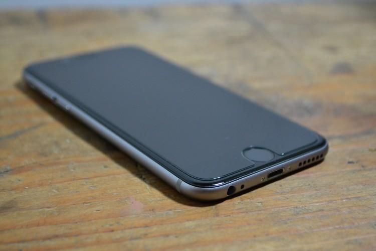 echtglas 750x500 iPhone 6 Echtglas Displayschutz